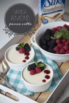 Silk Vanilla Almond Panna Cotta dessert recipe by #whipperberry  #LoveMySilk