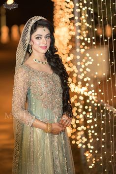 Wedding Photography Pakistani Bridal New Ideas Dress Style Pakistani, Pakistani Bridal Lehenga, Walima Dress, Pakistani Wedding Outfits, Shadi Dresses, Pakistan Wedding, Desi Wedding, Wedding Ideas, Wedding Inspiration
