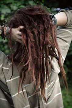 ImageFind images and videos about hair, dreads and dreadlocks on We Heart It - the app to get lost in what you love. Baby Dreads, Dreads Girl, Hippie Dreads, Hippie Hair, Dreadlock Hairstyles, Messy Hairstyles, Crazy Hairstyles, Turban, Natural Dreads