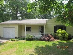 54 Crestwood Dr Shirley, NY, 11967 Suffolk County   HUD Homes Case Number: 374-456353   HUD Homes for Sale
