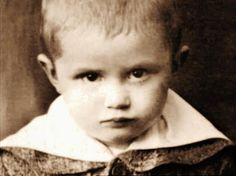 Joseph Aloysius Ratzinger b. April 16 1927   OH MY GOODNESS SO CUTE awwwwwwwwwwwww