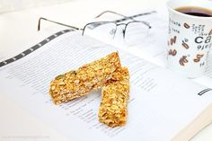 Baked pumpkin oat bars (sub date puree for maple syrup)