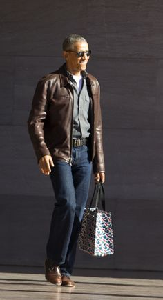 Obama's casual off-duty style could be sending an important message