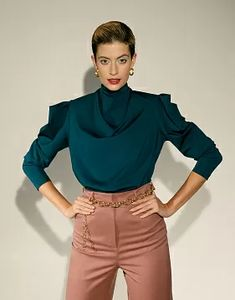 Sewing patterns and clothing patterns online store Grasser - buy pdf sewing patterns Blouse Patterns, Clothing Patterns, Overlock Machine, Patterned Sheets, Collar Designs, Pdf Sewing Patterns, Latest Fashion Trends, Model, How To Wear