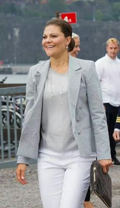 Princess Victoria attended a seminar on the Baltic Sea, which was held in Stockholm. Princess Victoria Of Sweden, Crown Princess Victoria, Swedish Royals, British Royals, Princesa Victoria, Sweden Fashion, Royal House, Royal Fashion, White Jeans
