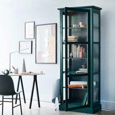 Lindebjerg Design Vitrinen aus grün lackiertem Holz und Glas