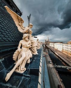 Most Beautiful Cities, Beautiful Space, Beautiful Pictures, Russian Architecture, St P, Key Photo, Sculpture Art, Statue Of Liberty, Places To Visit