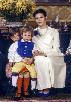 księżniczka koronna Szwecji [księżna Västergötland] Wiktoria, książę Värmland Karol Filip i królowa Szwecji Sylwia