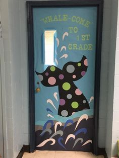Whale tail fish classroom door - New Deko Sites Kindergarten Door, Preschool Door, Preschool Bulletin Boards, Preschool Classroom, Fish Bulletin Boards, Classroom Window, Classroom Board, New Classroom, Classroom Themes