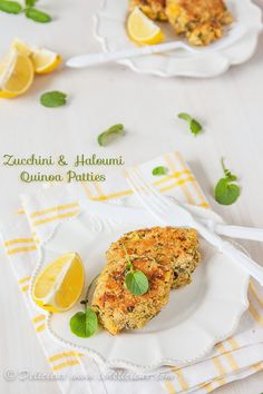 Zucchini and Haloumi Quinoa Patties #vegetarian #recipe | Delicieux