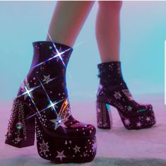 Extremely Rare Gorgeous Light Up Boots. Comes In Original Box, Never Worn. Pretty Shoes, Cute Shoes, Me Too Shoes, Mode Disco, Sock Shoes, Shoes Heels, Pumps, Estilo Rihanna, Dolls Kill Shoes