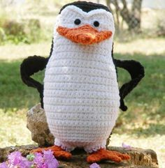 Free crochet pattern for Skipper, penguin from Madagascar by WolfDreamer