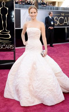 Jennifer Lawrence from 2013 Oscars: Arrivals  In Dior Haute Couture.