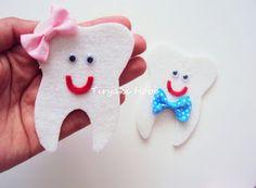 Tiryaki ♥ ♥ Hobbies: Felt dental wheat magnet Felt Crafts, Diy And Crafts, Crafts For Kids, Felt Ornaments, Christmas Ornaments, Felt Magnet, Advent Calendars For Kids, First Tooth, Minnie Mouse Party