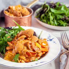 Kycklingkorvgryta med sallad Recipes From Heaven, 20 Min, Lchf, Thai Red Curry, Turkey, Pasta, Healthy Recipes, Vegan, Chicken