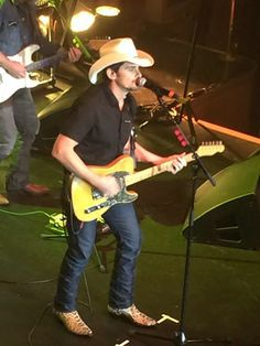 Brad Paisley is performing at CRS in Nashville right now. Getting a preview of some new music. Nashville News, Brad Paisley, New Music, Cowboy Hats, Fashion, Moda, Fashion Styles, Fashion Illustrations