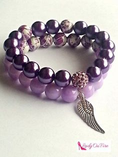 Check out our beaded bracelets selection for the very best in unique or custom, handmade pieces from our shops. Beaded Bracelets Tutorial, Handmade Bracelets, Handmade Jewelry, Purple Jewelry, Bracelet Crafts, Gemstone Bracelets, Jewelry Bracelets, Jewelry Patterns, Violet