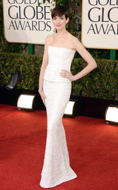 Anne Hathaway in Chanel
