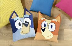 Get cuddly with Bluey and Bingo and have fun with this awesome craft activity, where you get to make your own Bluey and Bingo cushion covers at home! Crafty Projects, Sewing Projects, Sewing Ideas, Crochet Projects, Cute Crafts, Crafts For Kids, Diy Crafts, Finger Puppet Patterns, Abc For Kids