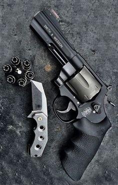 Revolver,edc