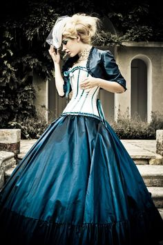 Steampunk wedding gown - so love this