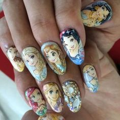 Nail art Princesses Disney