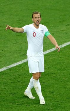 Harry Kane Photos - Harry Kane of England reacts during the 2018 FIFA World Cup Russia Semi Final match between England and Croatia at Luzhniki Stadium on July 2018 in Moscow, Russia. Croatia: Semi Final - 2018 FIFA World Cup Russia World Cup 2018, Fifa World Cup, Harry Kane, England Football, National Football Teams, Semi Final, Tottenham Hotspur, Croatia, Lions