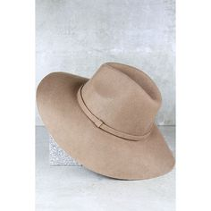 Wishing on a Star Tan Fedora Hat ($29) ❤ liked on Polyvore featuring accessories, hats, beige, woolen hat, band hats, star hat, floppy brim fedora hat and tan fedora hat