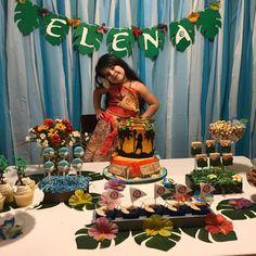 Fete moana Moana Birthday Party Theme, Moana Themed Party, Moana Party, 6th Birthday Parties, Luau Party, Birthday Party Decorations, Birthday Ideas, Festa Moana Baby, Twin Birthday