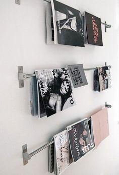 J'adore cette photo de @decofr ! Et vous ? (Source : http://www.deco.fr/photos/diaporama-10-facons-de-ranger-vos-magazines-dans-les-toilettes-d_2248)