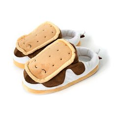 S'mores USB Heated Plush Slippers for toasty warm feet ^__^ totally splurged on these from Amazon