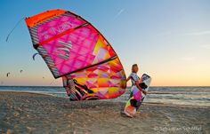 Siren 2014 Collection #Cabrinha #kiteboarding #Oxbold www.oxbold.com   support by www.adoscool.com Group.