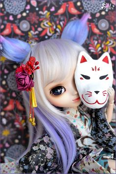 Many years ago Kitsune takes a woman's form but she never forget her true form, a white fox. So she time by time loves wear her Kitsune mask and remember old times -----------------------------------------------  **I made this Kitsune mask for her the other day! I hope you like it <3  Happy Monday to all!
