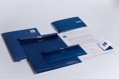 TCC - Redesign Formato 50 anos Peças Institucionais: Cartão de visita, Papel Timbrado, Envelopes Saco e Carta, Pasta e Brandbook/manual de aplicação • Marco Menezes | Designer Gráfico | www.marcomenezes.com/
