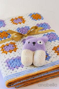Crochet baby blanket and bunny rattle by Anabelia