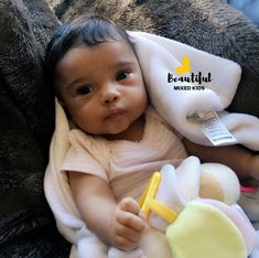 Nevaeh - 8 months old Lil Baby, Little Babies, Baby Kids, Cute Mixed Babies, Adorable Babies, Beautiful Black Babies, Beautiful Children, Ft Tumblr, Cutest Babies Ever