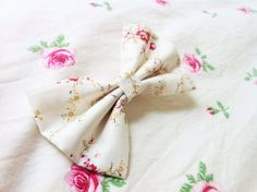 Floral Bouquet Bow  Available in Medium ($6) and Large ($8)