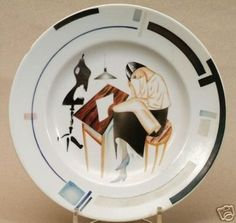 Soviet Propaganda Porcelain Plate Russian Avant-Garde (12/12/2006)