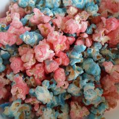 Happier Than A Pig In Mud: Colored Candied Popcorn Blue Popcorn, Colored Popcorn, Candy Popcorn, Gender Reveal Food, Baby Shower Gender Reveal, Baby Gender, Pig In Mud, Liquid Food Coloring, Gender Party