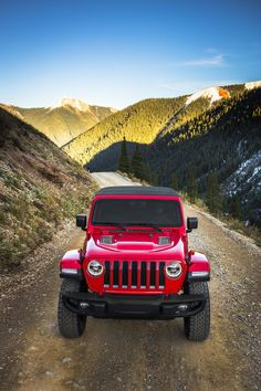 Exclusive 2018 Jeep Wrangler Rubicon Photos - New Unlimited Rubicon Photos Red Jeep Wrangler, Jeep Rubicon, Jeep Wrangler Unlimited, Jeep Wranglers, Lifted Ford Trucks, Jeep Truck, Jeep Wallpaper, Jeep Wave, Jeep Jl