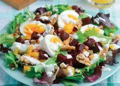 Power Salad with Walnuts, Sprouted Beans and Beetroot Recipe : Cook Vegetarian Magazine