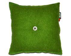 Groen Kussen van Wollen Deken met Stofknoop