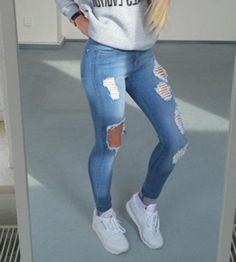 jeans-rotos-nice Source by Cute Ripped Jeans, Ripped Jeans Outfit, Super Skinny Jeans, Trendy Outfits, Summer Outfits, Cute Outfits, Fall Outfits, Teen Fashion, Fashion Outfits