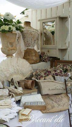 Treasures - Brocant'elle - Vive La France Hummelo