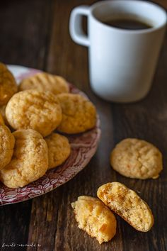Fursecuri de post cu gem de caise si rom French Toast, Deserts, Food And Drink, Nicu, Cookies, Breakfast, Romanian Recipes, Rome, Crack Crackers