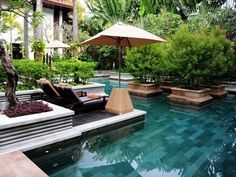 Hotel de la Paix Siem Reap Cambodge - the best, coolest, most relaxing pool
