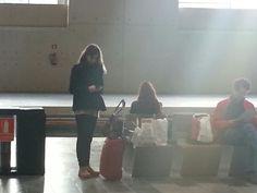 Despedida. @annouk_ en la soledad de la estacion. Besos :-) #sienteTeruel