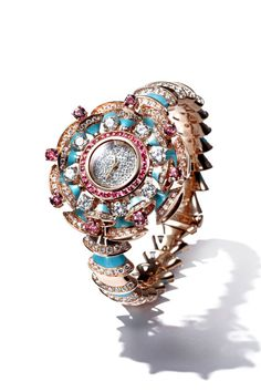 6e65594bff3 The jewelry piece to covet  Bulgari s watch inspired by Cleopatra and  Elizabeth Taylor. I