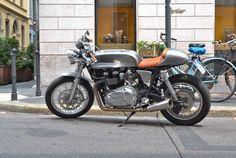 Triumph Cafe Racer #motorcycles #caferacer #motos   caferacerpasion.com