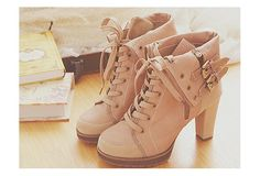 Love these #heel #boots